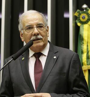 Até deputado bolsonarista critica 'saidinha' do presidente em manifestação