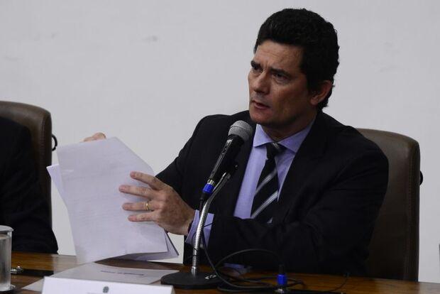 Moro reage a Bolsonaro: 'se quisesse vaga no STF teria aceitado demissão de Valeixo'