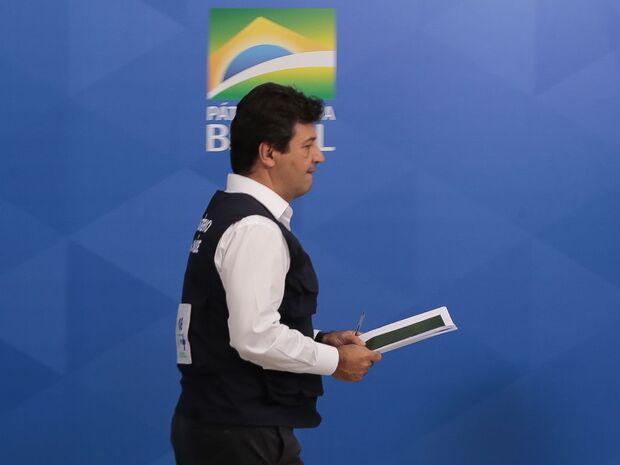 TCU investiga superfaturamento de R$ 100 milhões em contrato de quando Mandetta era ministro