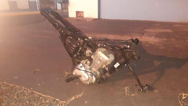 Polícia encontra carcaça da moto de pintor assassinado e jogado no Inferninho