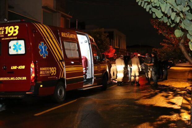 Dupla inventa de assaltar delegado e um acaba morto em Campo Grande