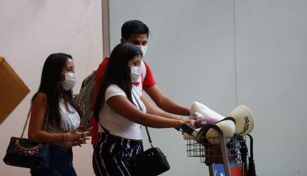 Covid-19: Bolsonaro proíbe entrada de estrangeiros no país por 30 dias