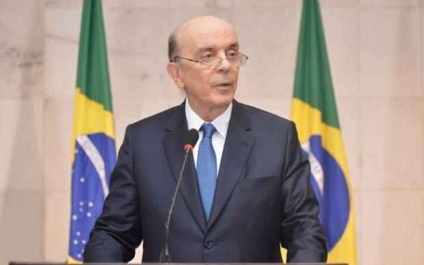 José Serra quer proibir cloroquina contra a covid-19