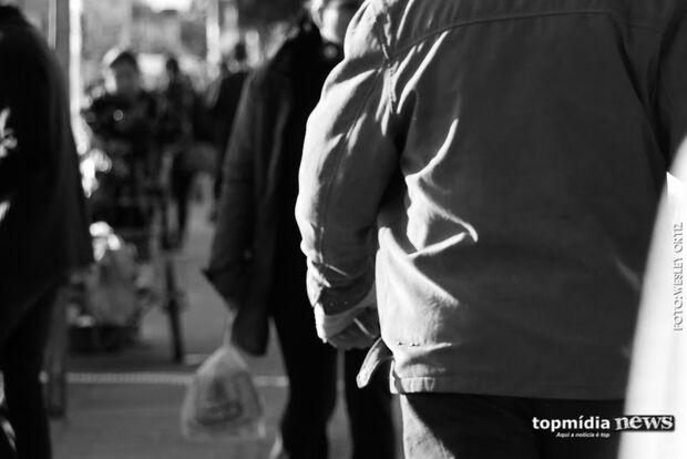 SEM PENSÃO: crise atinge pagamentos e pais tentam redução de valores