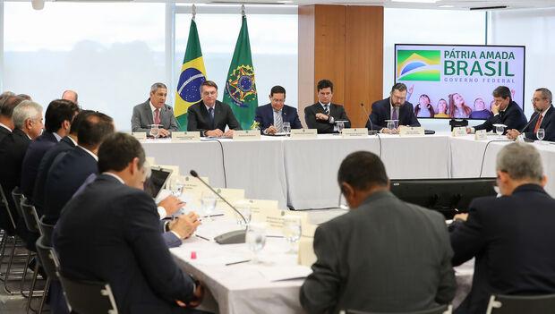 Para investigadores, vídeo não tem nada de devastador contra Bolsonaro, diz CNN