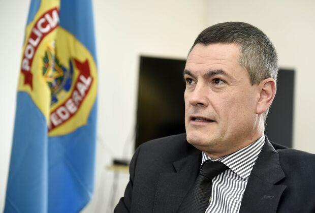 Ex-chefe da PF presta depoimento em inquérito sobre acusações de Moro a Bolsonaro