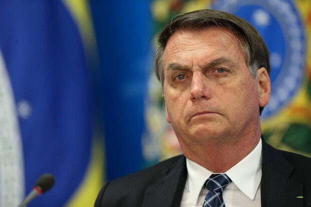 Grupo de hackers divulga dados pessoais de Bolsonaro, filhos e aliados