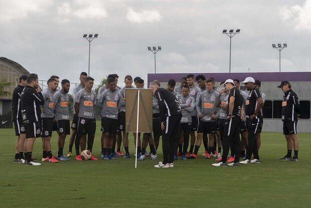 Corinthians tem 21 casos positivos de covid-19 no elenco