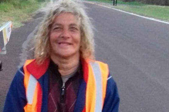 Mulher pega estrada a pé em São Paulo com destino a Dourados