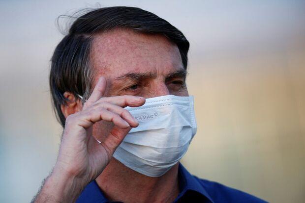 Bolsonaro continua positivo para o novo coronavírus