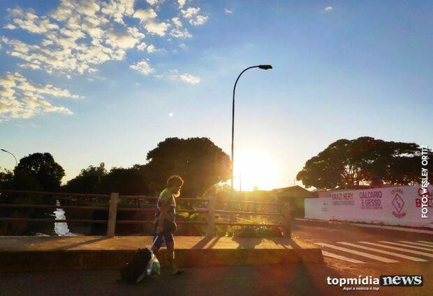 Calorzão de volta: terça-feira será de altas temperaturas em MS