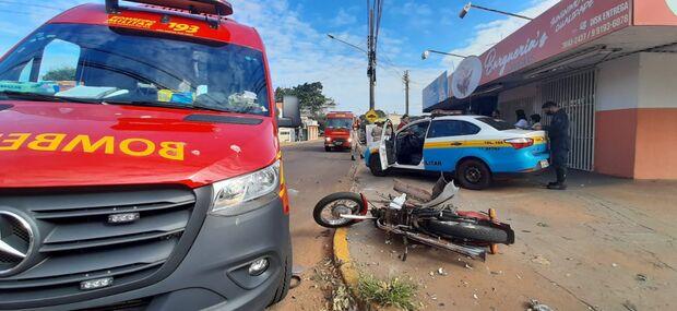 Motociclista sofre batida violenta e fica em estado grave na Vila Palmira