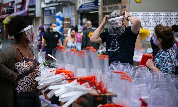 Brasil chega a 64.375 mortes confirmadas por covid, aponta boletim