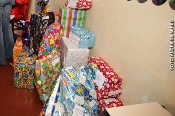 PAPAI NOEL VICIADO: homem é preso com dois sacos de brinquedos furtados