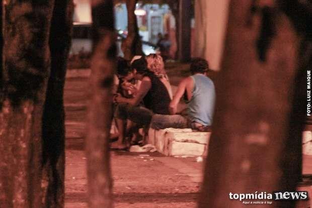 Comerciantes gritam por socorro após Dom Aquino virar casa de usuários de droga