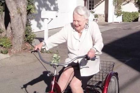 Atriz do filme 'E o Vento Levou', morre aos 104 anos