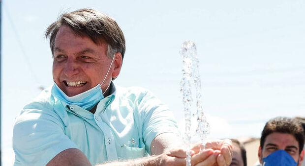 Jair Bolsonaro revela que está com infecção no pulmão