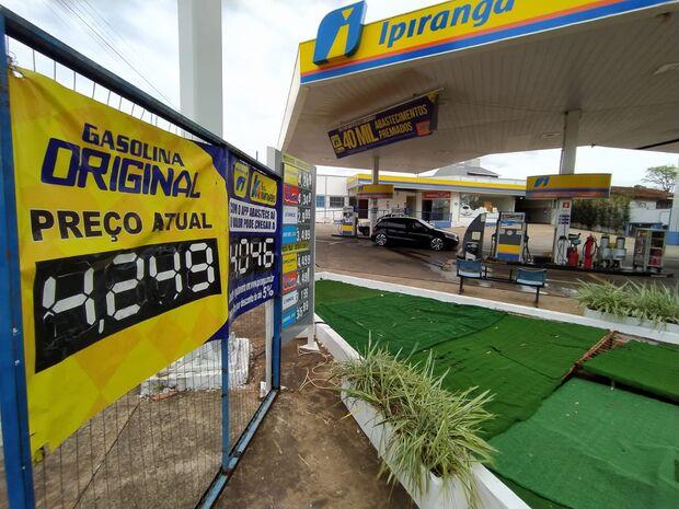 Preço da gasolina na Capital varia de R$ 4,07 a R$ 4,49