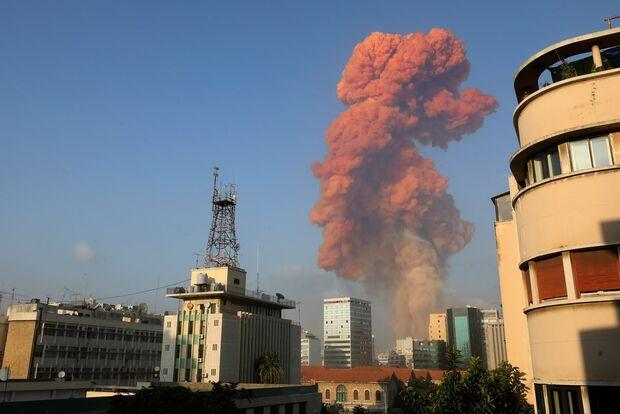 Beirute tem explosão em área próxima ao porto