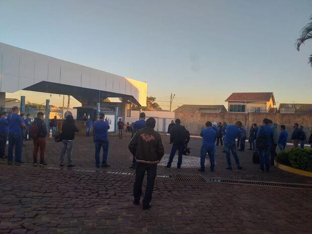 Sindicato marca assembleia e Campo Grande pode amanhecer sem ônibus circulando