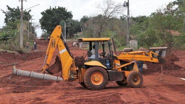 Terraplanagem é primeira etapa para abertura do terceiro acesso para a UCDB