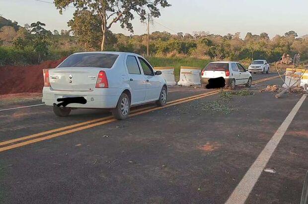 COVID QUE LUTE: vândalos desbloqueiam acesso ao Distrito de Piraputanga na MS-450