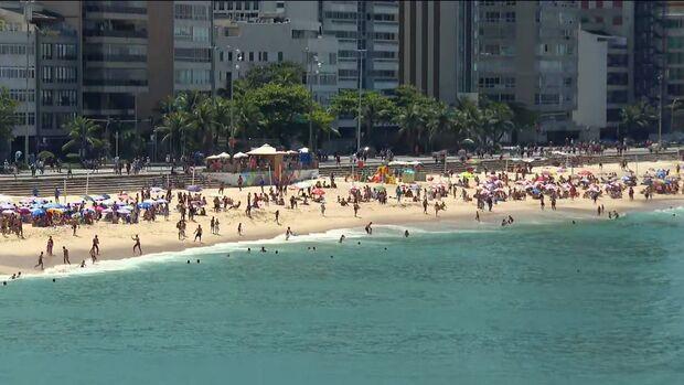 Rio tem aglomeração nas praias no primeiro domingo da primavera