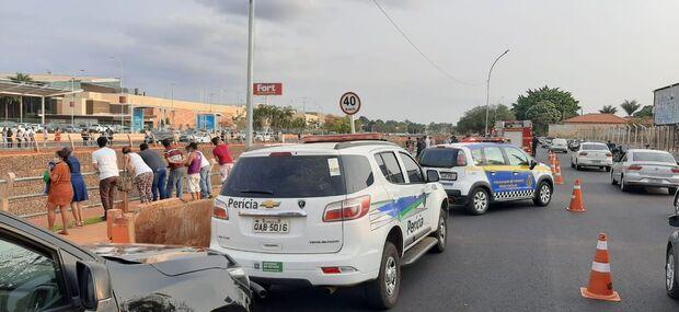 Na frente de shopping: corpo de cabeleireiro desaparecido é achado no Córrego Anhanduí