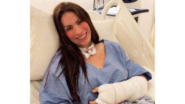 Médica picada por cobra em cachoeira deixa UTI; vaquinha já arrecadou R$ 130 mil