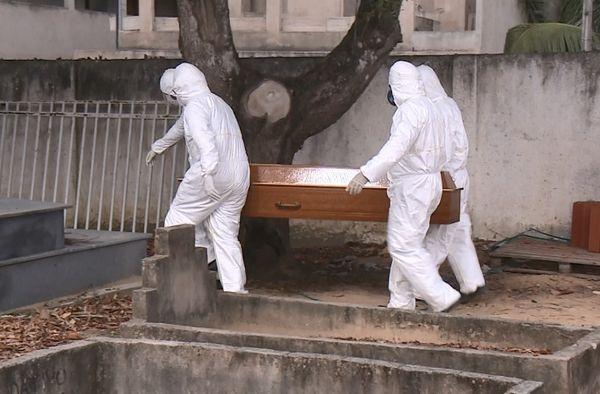 Brasil registra 739 mortes pela covid-19 nas últimas 24 horas