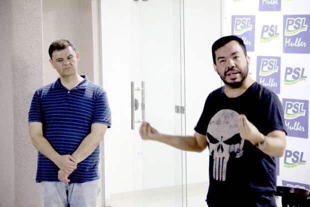 """Chamado de """"Adélio Trutis"""", deputado mostra votação esquisita para """"rasteira"""" em Siqueira"""