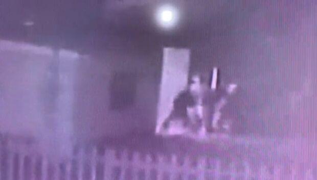 Homem é morto a pauladas e facada no centro de Chapadão do Sul; três são presos
