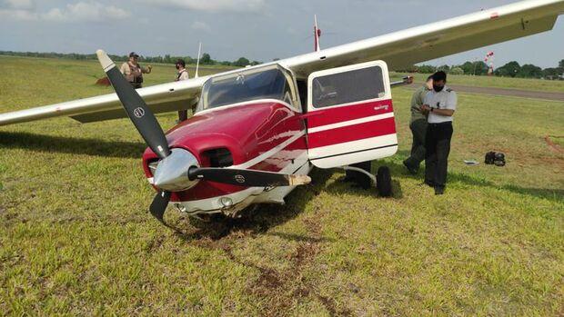 Avião com ministra da Justiça do Paraguai faz pouso forçado perto de Foz do Iguaçu