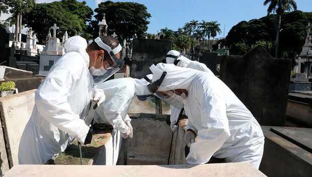 Brasil tem 461 mortes por covid nas últimas 24 horas, diz Ministério