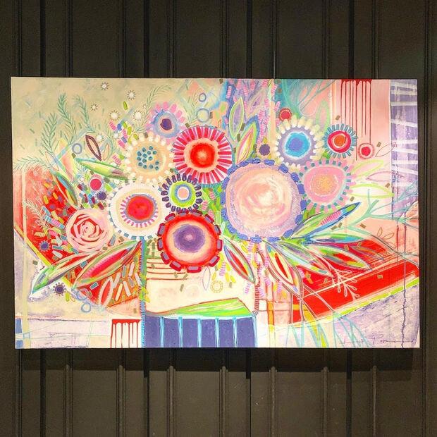 Hospital Cassems de Campo Grande recebe a exposição inédita 'Flores em forma de arte'