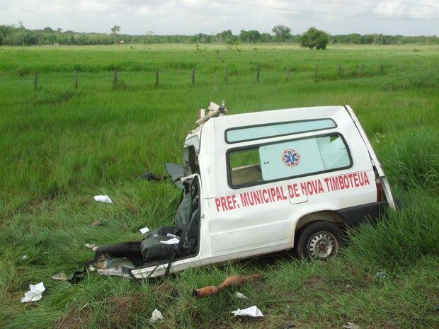 Acidente com ambulância deixa mortos na BR-316, no Pará