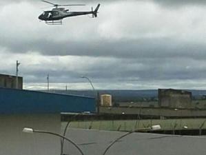 Helicóptero, cachorros e 100 homens da polícia participam de mega operação no Presídio de Segurança