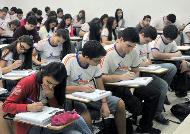 Mais de 150 mil estudantes no Estado se preparam para o Enem