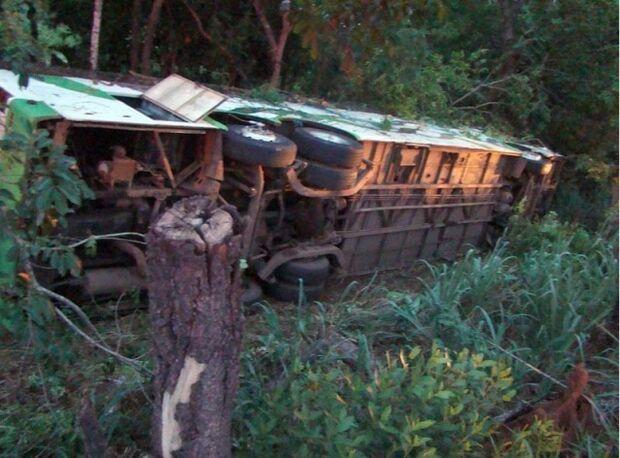 Seis feridos em acidente de ônibus seguem internados em Aquidauana