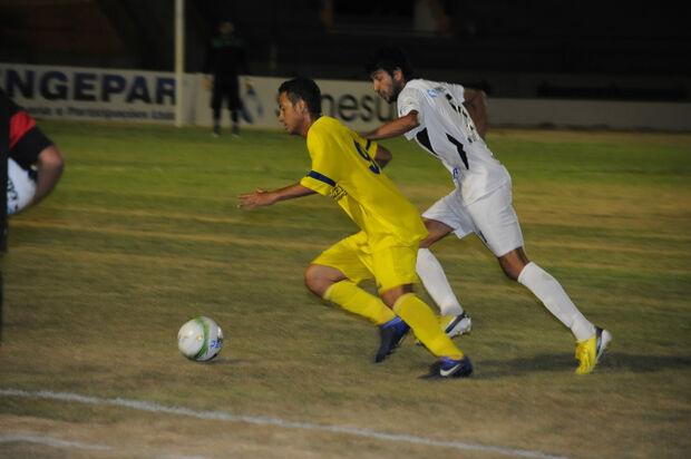 Ubiratan leva a melhor e vence de 2 a 1 do Cene em amistoso realizado em Dourados