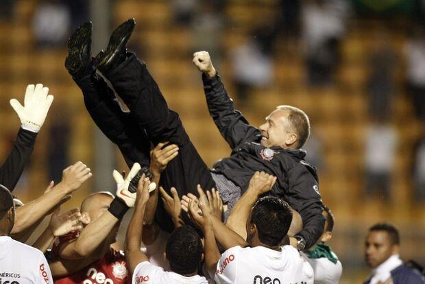 Corinthians  apresenta Mano no dia 6