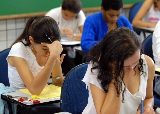 Enem 2013: 77% dos candidatos já estão fora da escola