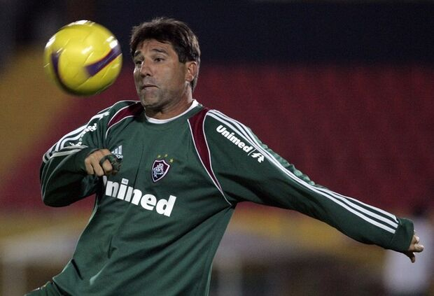 Renato Gaúcho volta para o Fluminense e deve levar meia e atacante