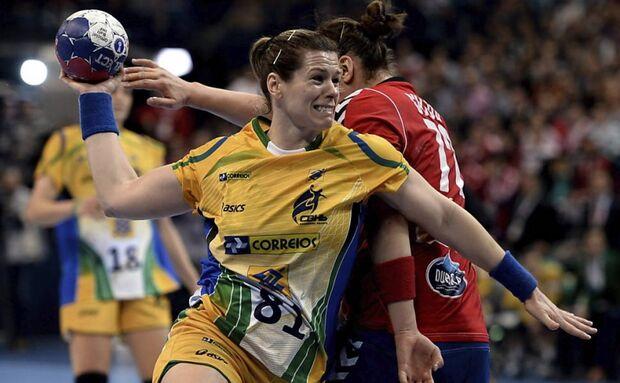 Brasil derrota a Sérvia e conquista o Mundial feminino de handebol pela 1ª vez