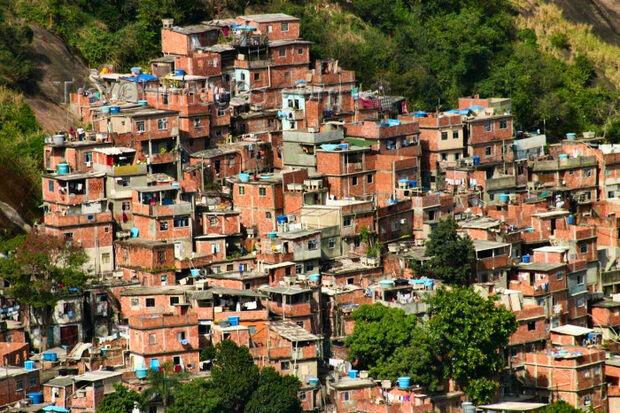 NY Times sugere favelas cariocas como opção de hospedagem durante a Copa