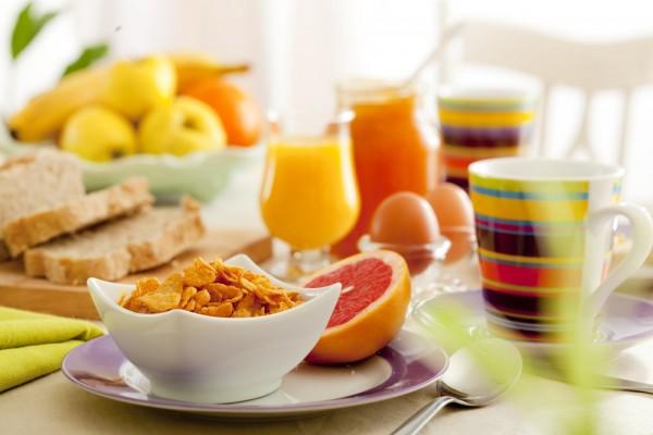Café da manhã pode ser arma contra diabetes e ataque cardíaco