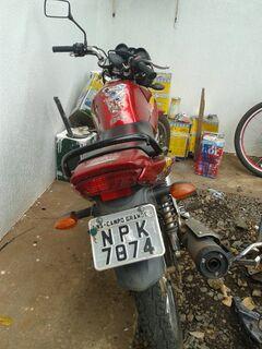 Moto roubada é recuperada, mas já estava com placa adulterada