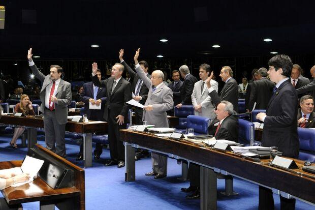 Comissão do Senado aprova fim do voto secreto em todas as votações