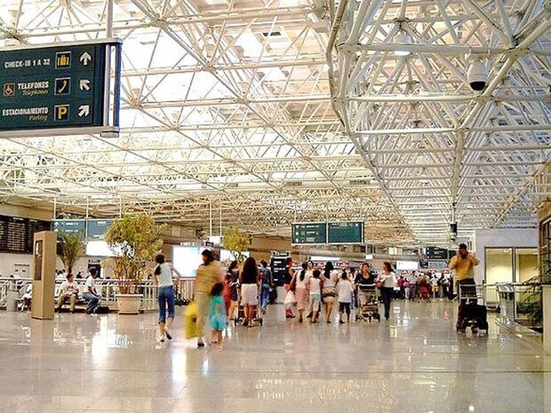Aeroporto do Galeão no Rio de Janeiro é privatizado por R$ 19 bilhões