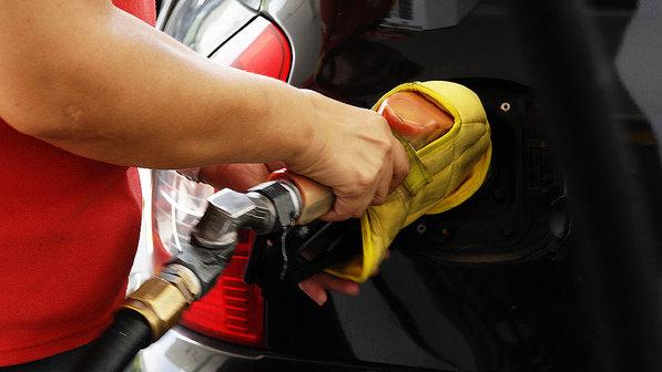 Pesquisa revela que consumidores preferem gasolina do que álcool
